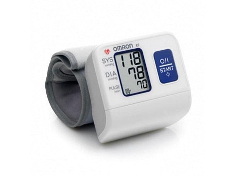 Тонометр (прибор для измерения артериального давления) Omron R2